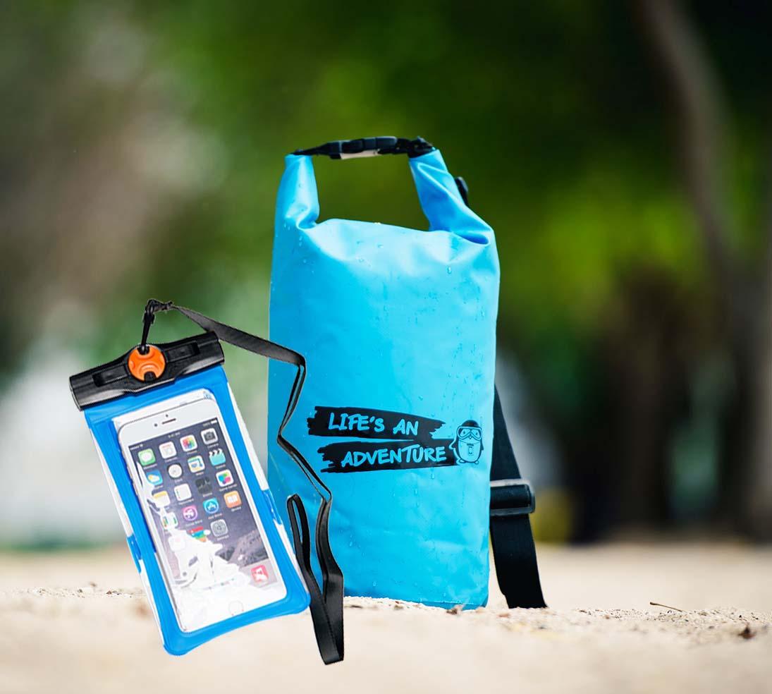 ชุด Set ซองกันน้ำมือถือใหญ่ (6 นิ้ว) สีฟ้า + กระเป๋ากันน้ำ Penguin Bag ขนาด 10 ลิตร