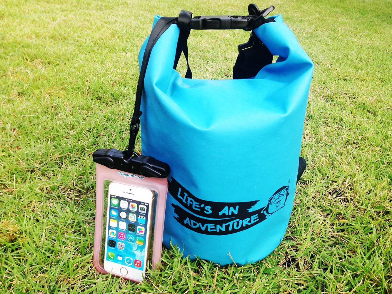 ชุด Set ซองกันน้ำมือถือเล็ก (4.5 นิ้ว) สีชมพู + กระเป๋ากันน้ำ Penguin Bag ขนาด 5 ลิตร