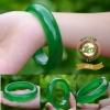 กำไลหยกพม่าสีเขียวมรกต เนื้อแก้ว รหัส A0012