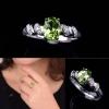 แหวนคริสตัลธรรมชาติ สีเขียว ตัวเรือนทำจากเงิน Silver 925 ตกแต่งด้วยคริสตัล