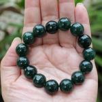 สร้อยข้อมือลูกปัดหินหยก สีเขียวจักรพรรดิ ขนาด 12 mm.