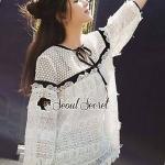 เสื้อสีขาวลูกไม้ทรงโอเวอร์ไซส์สไตล์เกิร์ลลี่ Seoul Secret พร้อมส่งไซส์ L ค่ะ