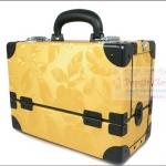 กระเป๋าเครื่องสำอางดีไซน์เมคอัพอาร์ทติสท์ สไตล์เกาหลี สี Yellow Gold Size M Made in Korea (Pre-order) สำเนา