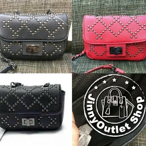 FOREVER21 STUDDED FAUX LEATHER CROSSBODY
