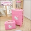 """กระเป๋าเดินทางดีไซน์วินเทจสไตล์เกาหลี วินเทจอัพเกรด 4 ล้อ ดีไซน์เพื่อสาวแบ๊ว สาวกคิตตี้โดยเฉพาะ """"KITTY BABY PINK"""" Vintage Retro Suitcase&Luggage Korea Style ไซส์ 20"""", 22"""", 24"""" หนัง PU (Pre-order) ราคาสินค้าอยู่ด้านในค่ะ"""