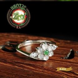 R0034แหวนหยกพม่า ชนิดหยกน้ำแข็ง